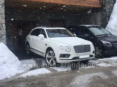 Bentley Bentayga 6.0 litre twin turbo TSI W12 для трансферов из аэропортов и городов в Нидерландах в Голландии и Европе.