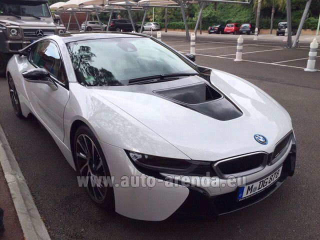 Rental BMW i8 Coupe Pure Impulse in Rotterdam