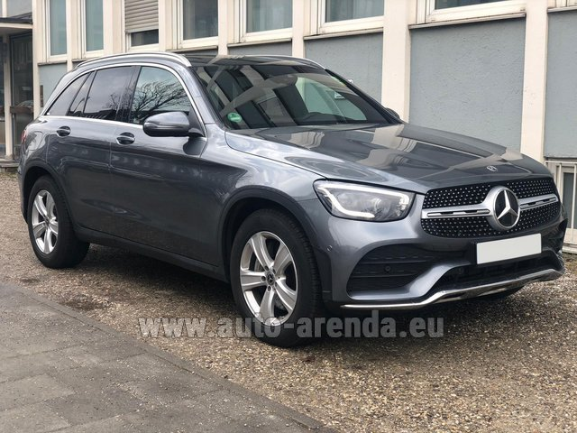 Rental Mercedes-Benz GLC 220d 4MATIC AMG equipment in Netherlands