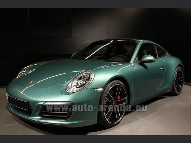 Hire and delivery to Amsterdam Airport Schiphol the car Porsche 911 991 4S Racinggreen Individual Sport Chrono