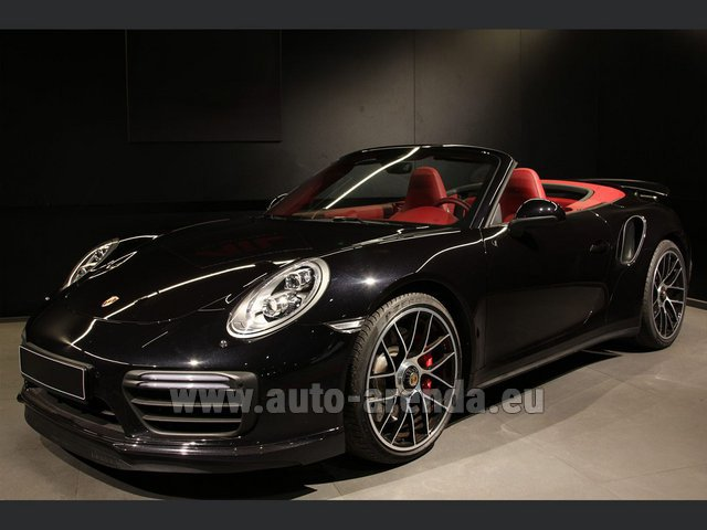 Hire and delivery to Rotterdam The Hague Airport the car Porsche 911 991 Turbo Cabrio S LED Carbon Sitzbelüftung