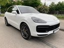 Rent-a-car Porsche Cayenne Turbo V8 550 hp in Netherlands, photo 2