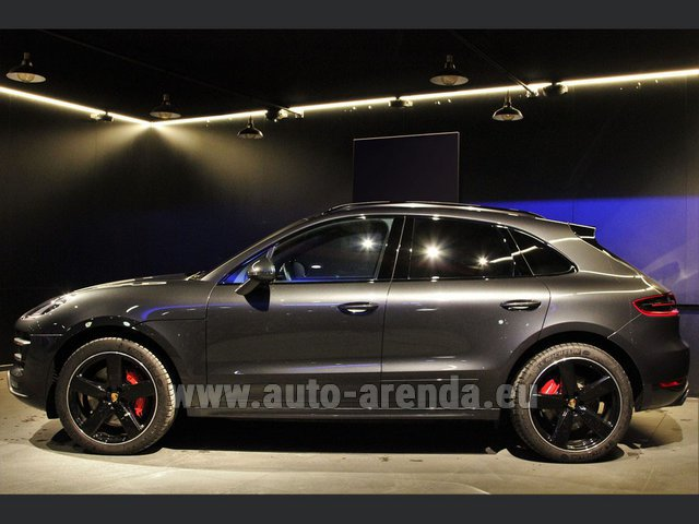 Hire and delivery to Amsterdam Airport Schiphol the car Porsche Macan S Diesel 3.0