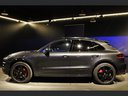 Rent-a-car Porsche Macan Turbo Performance Package LED Sportabgas in the Hague, photo 9