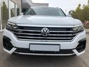Rent-a-car Volkswagen Touareg 3.0 TDI R-Line in the Hague, photo 7